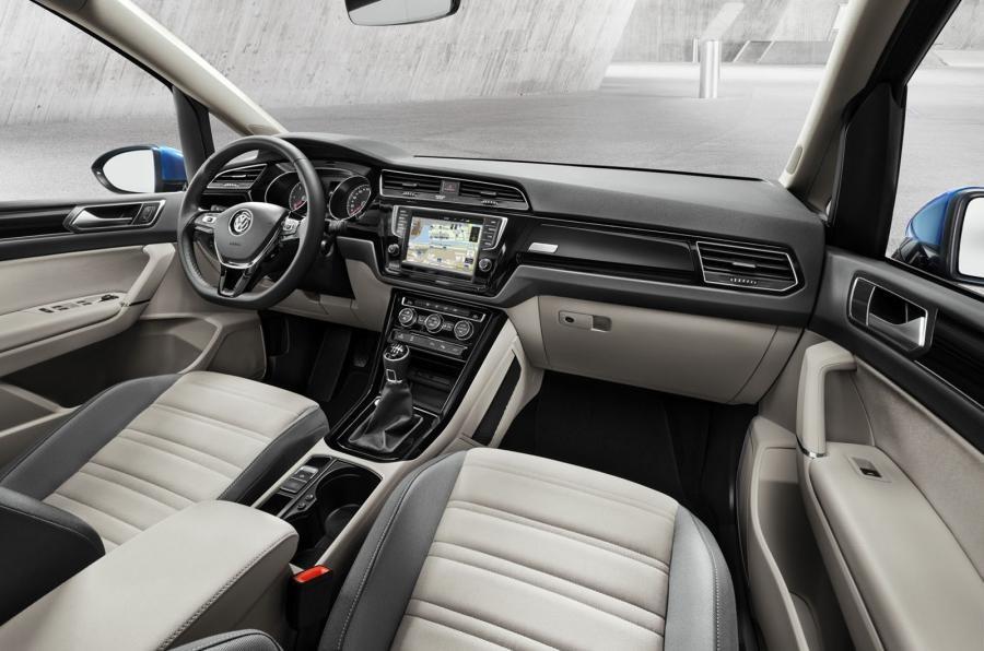 2016 Volkswagen Touran Interior