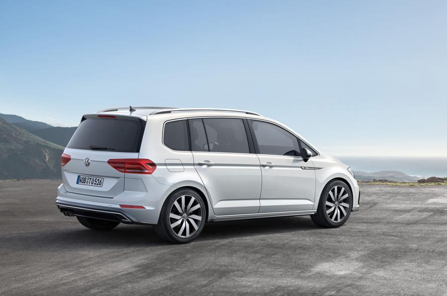 2016 Volkswagen Touran revealed
