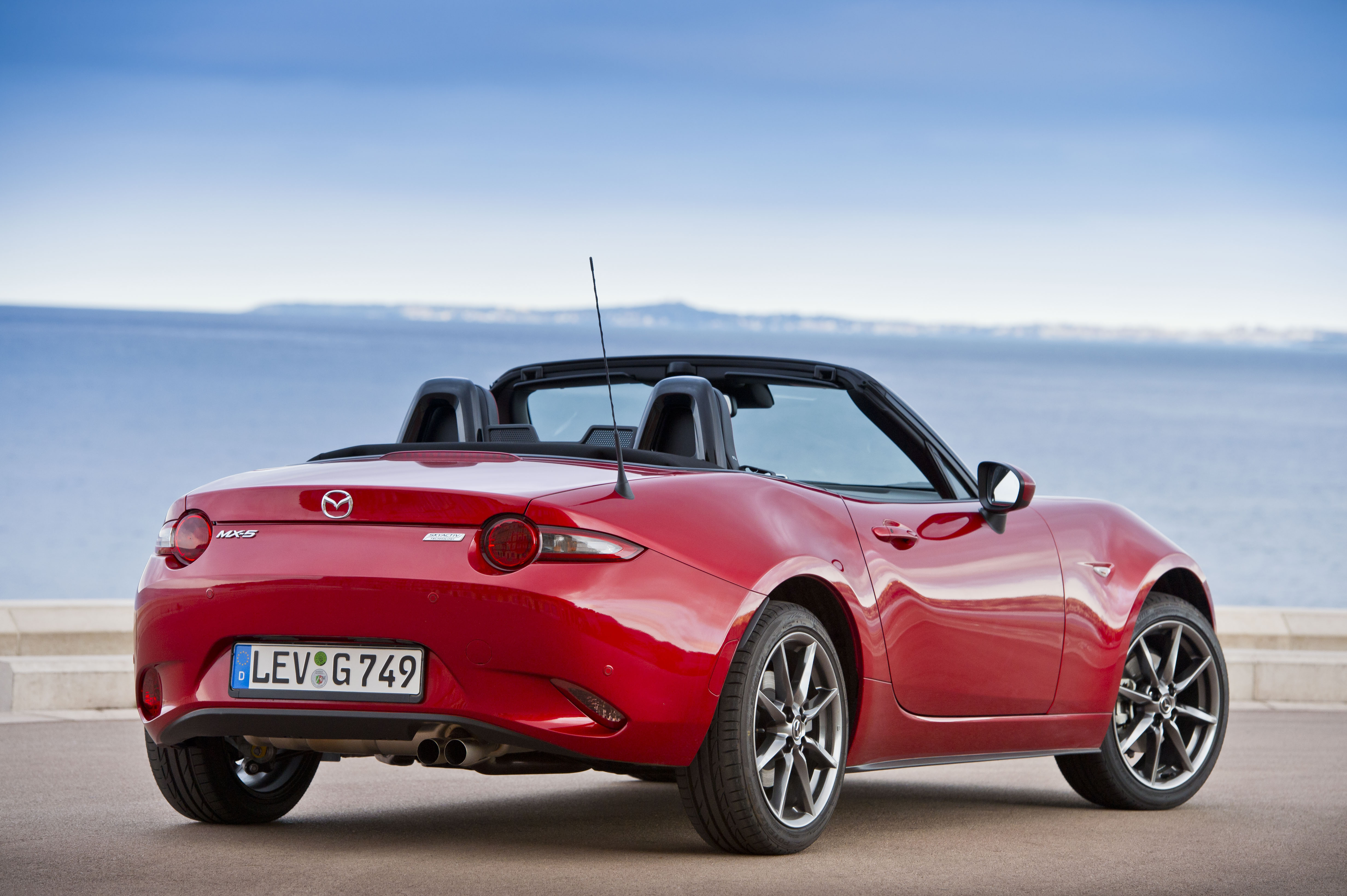 new mazda mx 5 to reach sa before year end. Black Bedroom Furniture Sets. Home Design Ideas