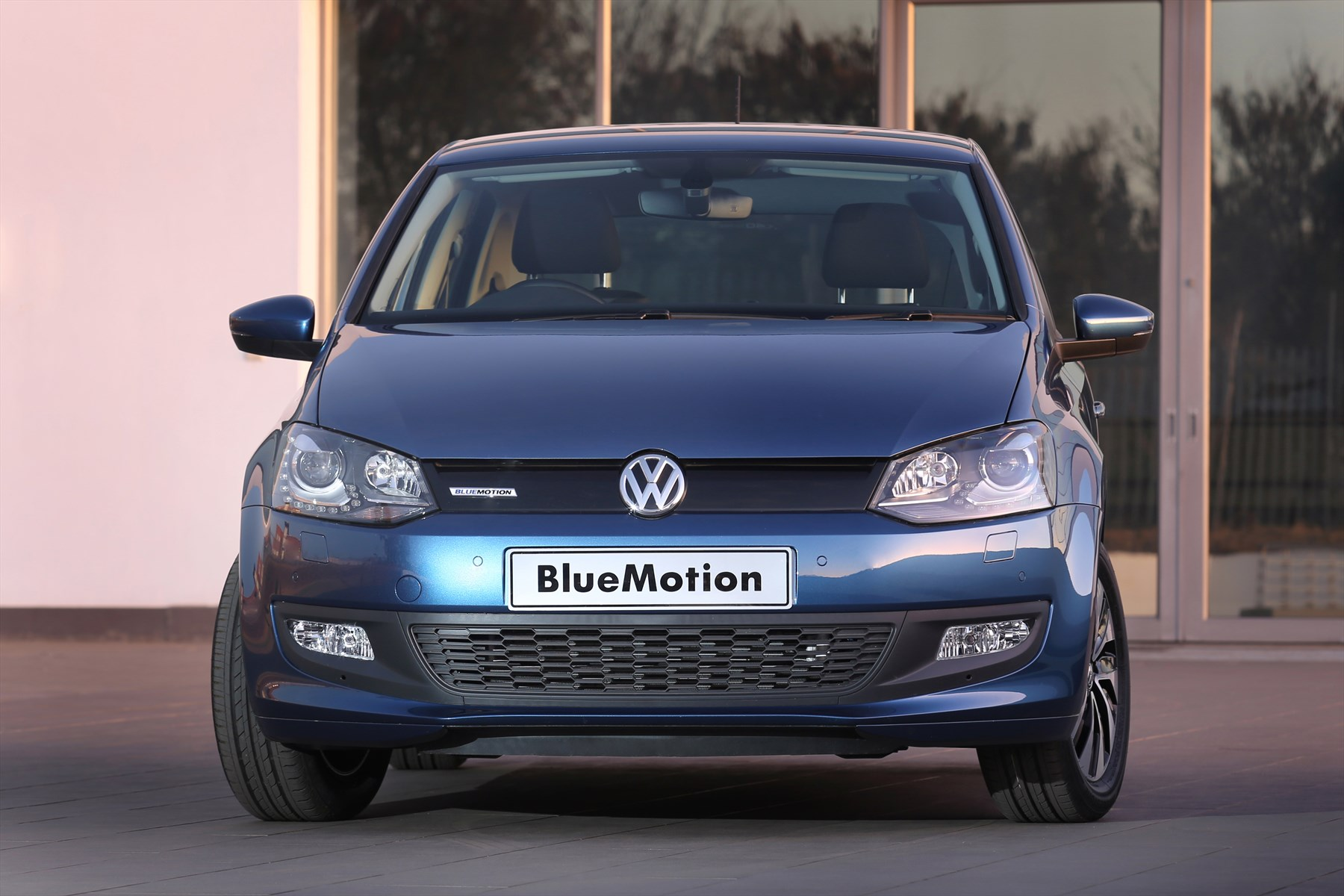 episode 335 volkswagen polo 1 0 bluemotion. Black Bedroom Furniture Sets. Home Design Ideas
