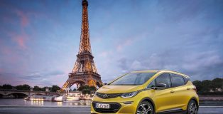 Opel Ampera electric car set to debut at the Paris Motor Show